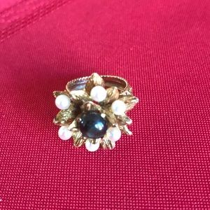 Designer vintage jewelry ring with fabulous stones